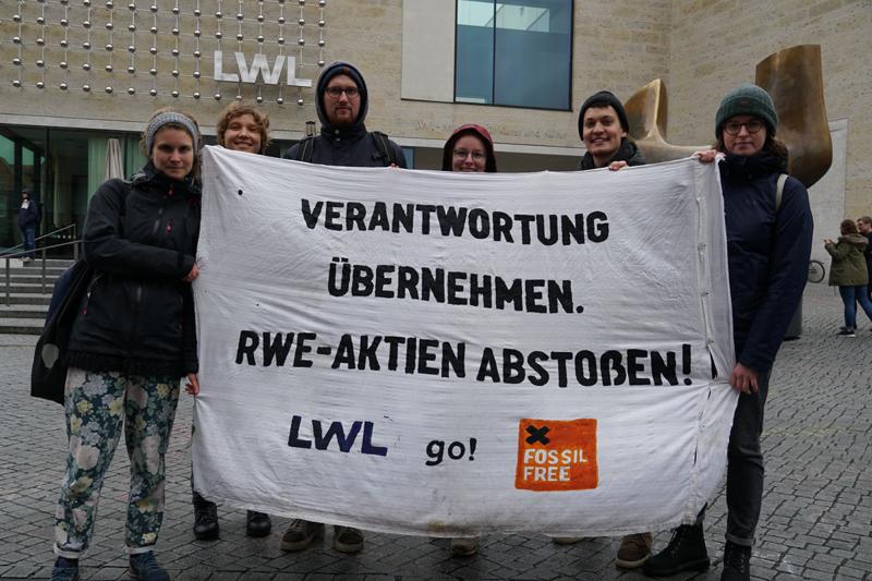 """""""Löbs Vorstoß ist unzureichend"""" - Fossil Free erneuert Forderung nach ethisch-ökologischen Anlagerichtlinien"""