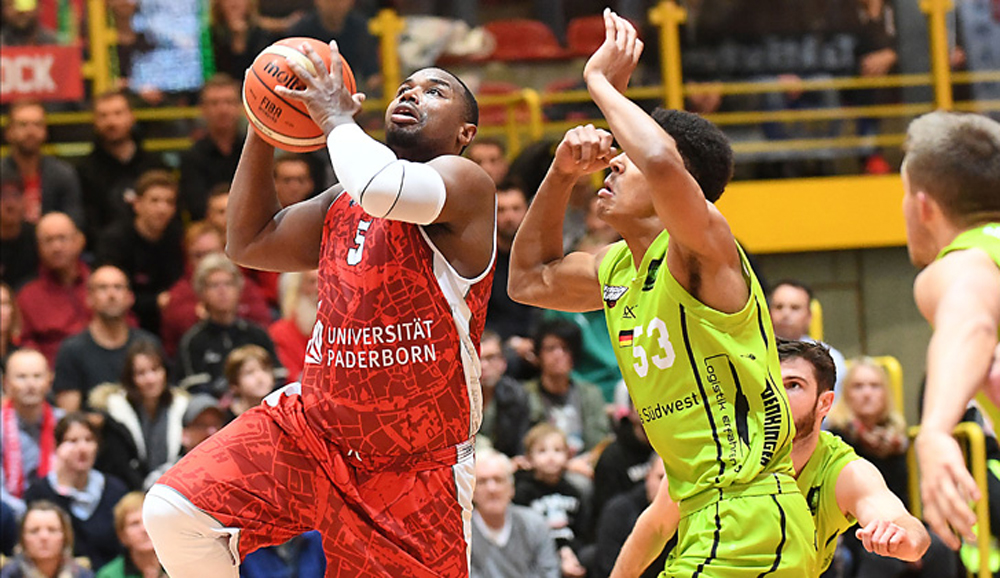 Demetrius Ward am Ball
